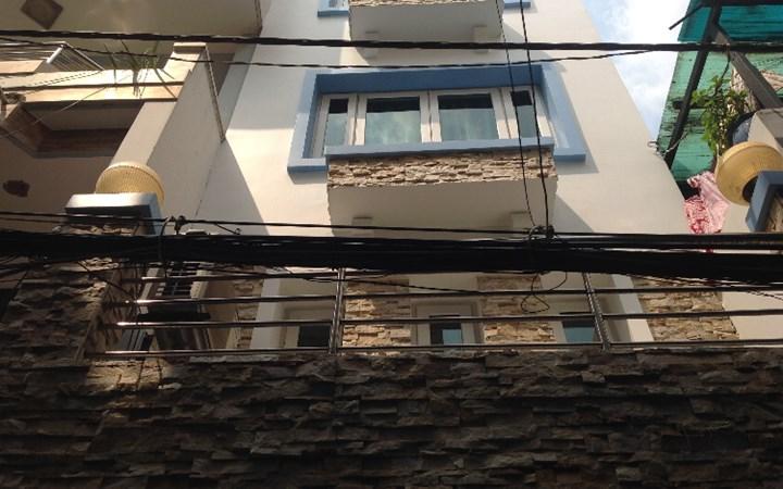 Nhà cho thuê Quận 10, mặt tiền Trường Sơn